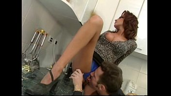 SEXY GF GETS FUCKED WHILE CLEANING