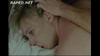 романтический секс в постели с красивой девушкой с большими сиськами