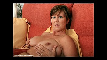 AgedLovE Busty Cougar