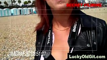"""""""OH LICK THAT NUT"""" LOUD MOANING GUY WATCHING PORN"""